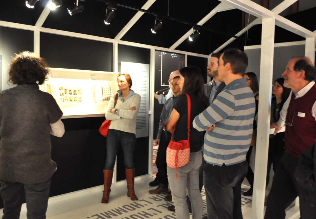 "Guided tour of the exhibition ""Violences"" with Ms. Martine Meyer, curator of the Musée de la main UNIL-CHUV"
